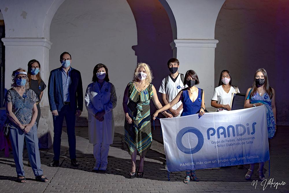 iluminacion-azul-dia-mundial-diabetes-2020-8